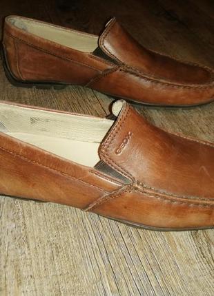 Чоловічі шкіряні туфлі-мокасіни geox