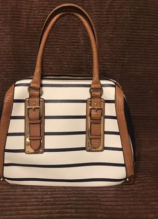 Крутая сумка в полоску ,фирма aldo