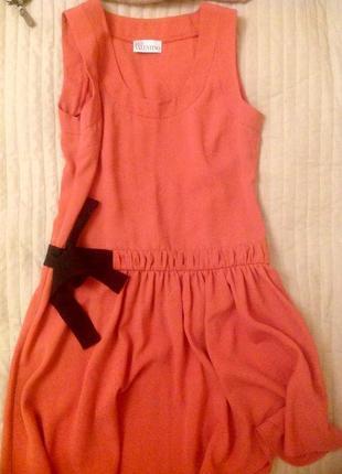 Очаровательное платье от valentino.