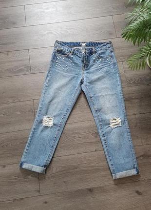 Стильные джинсы с жемчугом, бусинками ostin