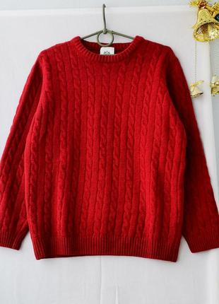 Шерстяный теплый свитерок