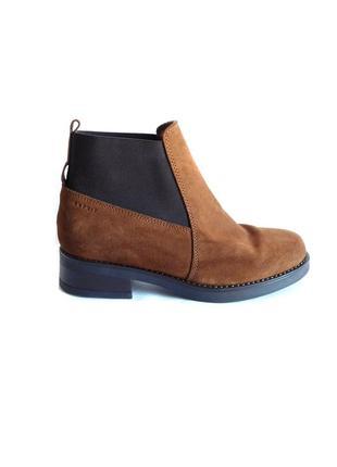 Замшевые ботинки челси ботильоны на низком ходу 100% натуральная замша от esprit