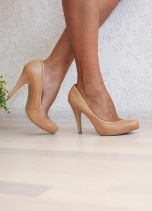 Кожаные классические туфли лодочки нюдового телесного цвета,бренд nine west