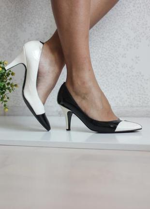 Кожаные лаковые туфли лодочки, классические, натуральная кожа