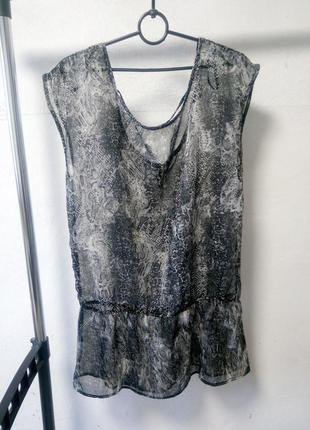 Полупрозрачная блузка размер l/40-42 наш 46-50