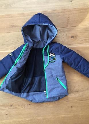 Демисезонная куртка мальчик от  3 - 7 лет, есть много размеров1