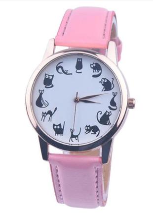 Часы кварцевые наручные с котиками и кошками, розовые, есть разные цвета.