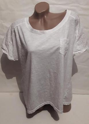 Белоснежная футболка р-р 54-56