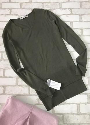 Тоненький свитер v-образный вырез длинный рукав удлиненная спинка цвет хаки