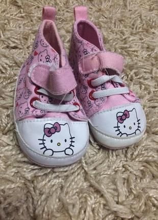 Hello kitte топики