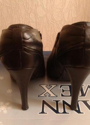 Кожаные туфли  ...бренд -oasis---38 р2 фото