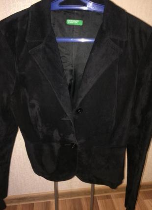 Замшевый пиджак benetton