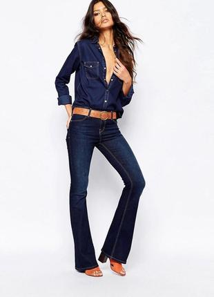 Идеальные джинсы клеш средней посадки river island s