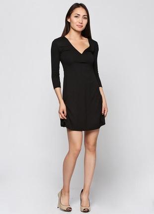 Черное трикотажное качественное платье bershka