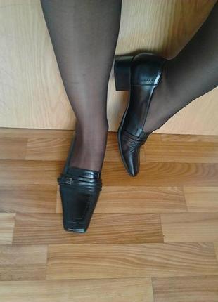 Роскошные стильные туфли лоферы,черный,100%кожа,vera pelle5 фото