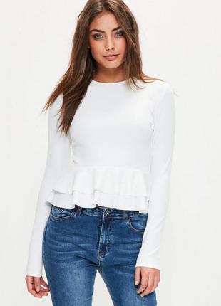Трендовая блуза с рюшами и длинным рукавом missguided ms354-8