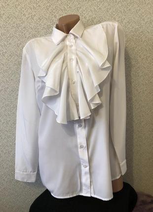 Красивая блуза блузка с жабо
