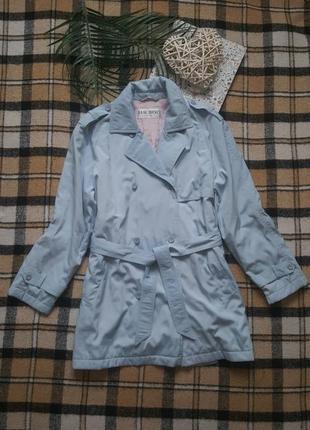 Красивенная вечсенная куртка тренч полупальто с поясом короткий плащ