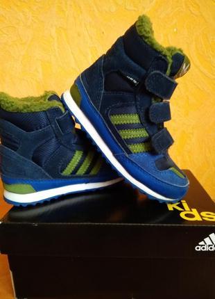 Ботинки на мальчика adidas original весна - осень