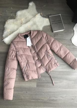 Красивая легкая куртка