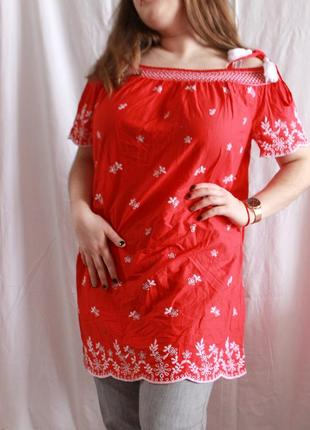 Блуза туника с вышивкой