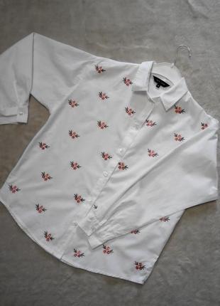 Бойфренд рубашка с вышивкой.