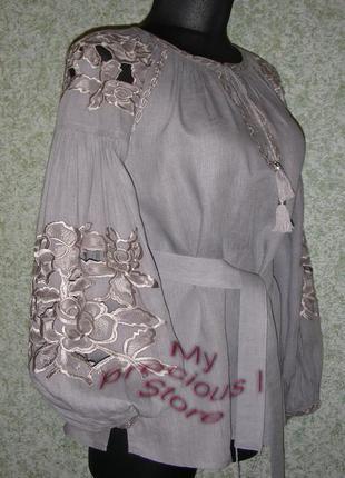 Вышитая блуза из льна-ришелье.