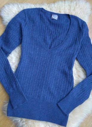 Базовый пуловер в мелкую косу