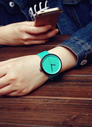 Женские наручные часы casual style