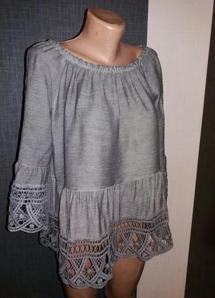 Красивая блуза на плечи m/l