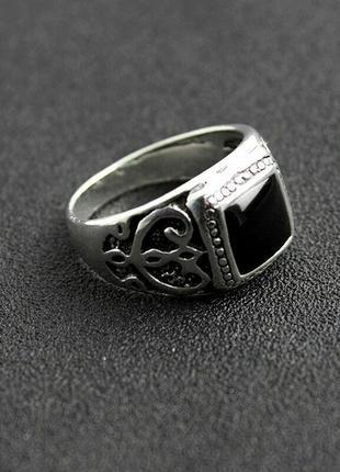 Мужской перстень с черной эмалью. размер 21.2