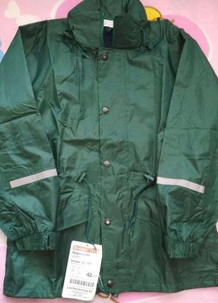 Новая красивая и очень качественная куртка-ветровка на рост 140-1521 фото