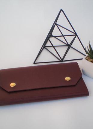 Очень удобный темно -  красный кошелек handmade