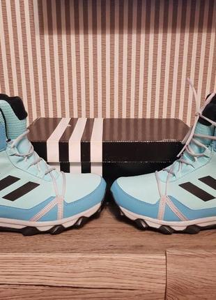 Зимние удобные сапоги adidas terrex оригинал р. 38
