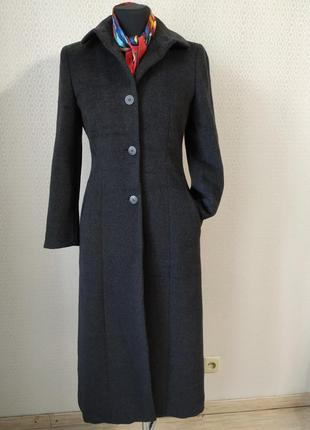 Пальто от giorgio armani ! размер 38 (наш 46)