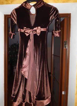 Платье для танцев-бейсик