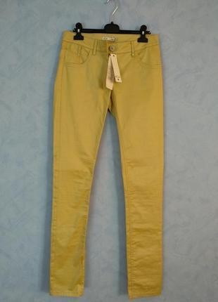 Лимонные брюки скинни с высокой талией