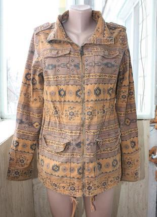 Модная котоновая куртка парка в орнаментах