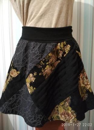 Велюровая юбка с цветами полусолнце
