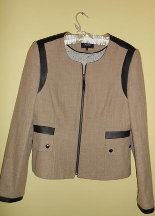 Жакет пиджак классический теплый фирменный next  молочного цвета