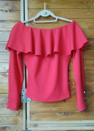 Яскрава червона та стильна кофта баска/волани/рюши