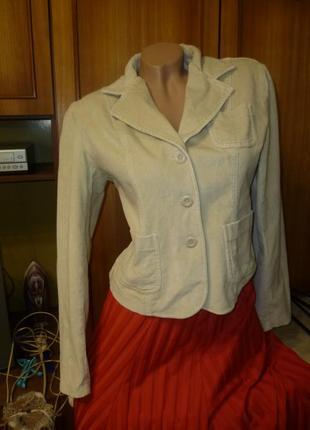 Бархатный(велюровый) пиджак молочный,винтаж,короткий,с длинным рукавом,приталеный