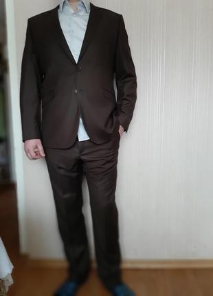 Итальянский костюм 56 р