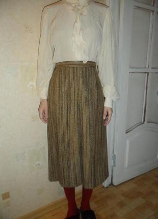 Красивая шерстяная юбка