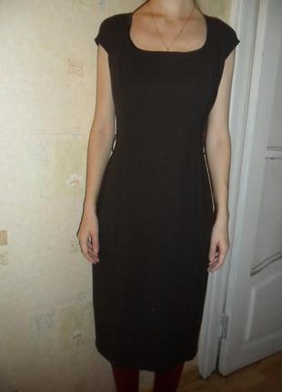 Шикарное шерстяное платье
