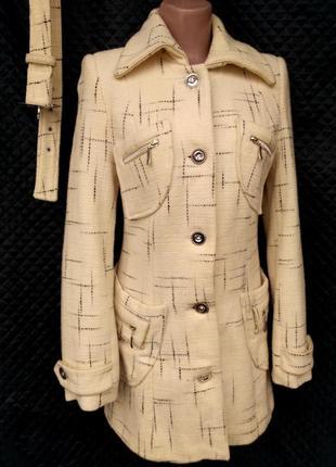 Демисезонное шерстяное пальто размер 42-44(м-l)
