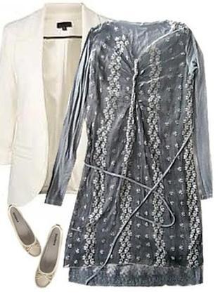 Нежное платье с кружевом размер 44-46