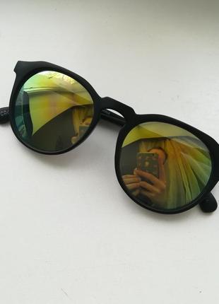 Крутые очки cropp с матовой чёрной оправой и зеркальными линзами 😍