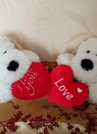 Шикарный подарок к дню влюбленных!собака подушка,с сердечком.можно для дома или в авто