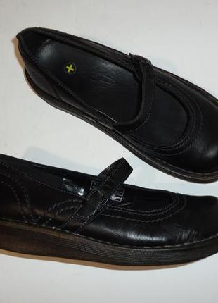Туфли dr. martens тайланд натуральная кожа р. 38 ст. 24,5 см